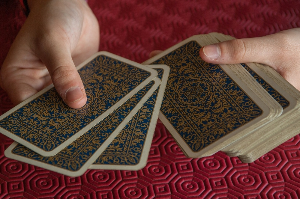 How to Become a Spider Card Game Expert