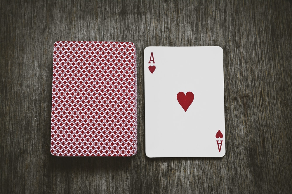 Learn the Rules and Variations of the Card Game Speed