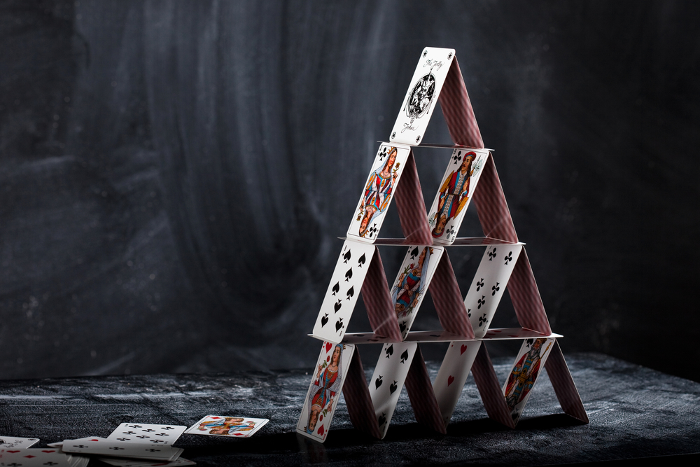 How to Play Pyramid Game