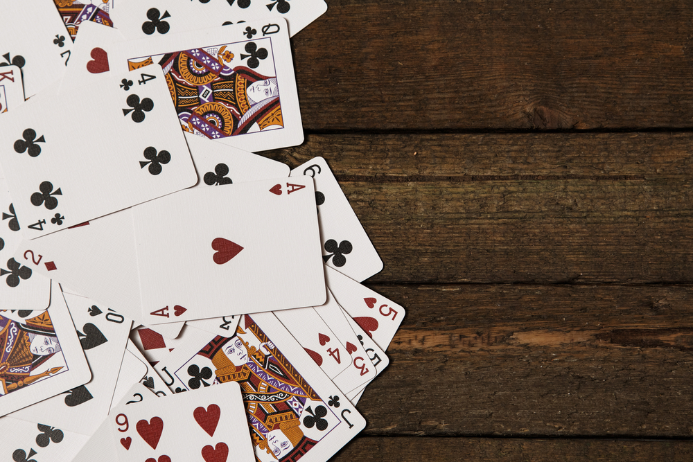 How to Play Tri Peaks Solitaire : A Traditional Solitaire Card Games